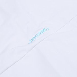데상트(DESCENTE) 영애슬릿 워터스포츠 래쉬가드 집업 후드형 자켓 (S922JEKT51) (S922JEKT51)
