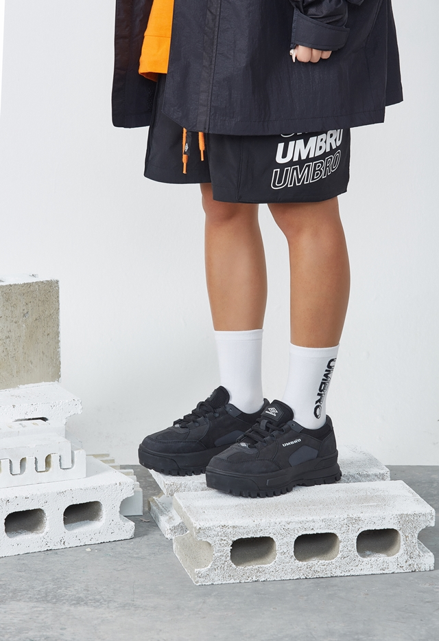 엄브로(UMBRO) 버키 (BUCKY) 블랙 (U0123CCR13)
