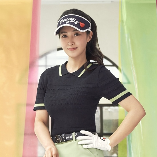 르꼬끄 골프(LECOQ GOLF) [르꼬끄골프] [공식몰 단독] 여성 셔링 포인트 반팔 스웨터 (GM122LKP34)