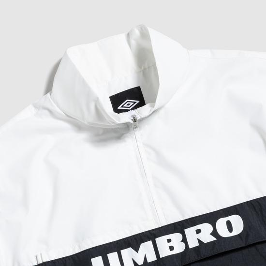 엄브로(UMBRO) 컬러블럭 스탠드넥 아노락 화이트 (UM121CJK26)