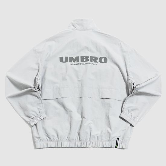 엄브로(UMBRO) 클래식 웜업 자켓 그레이 (UM121CJK39)